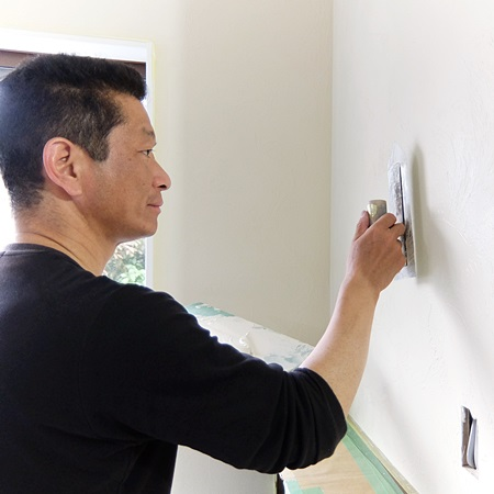 内装壁塗り