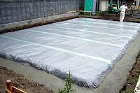防湿シート施工状況