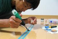 クリーアー材にて床の窪み補修
