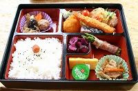 お弁当(2)