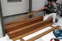 フェンス板張り作業