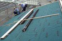 金属瓦材にて屋根材葺き替え