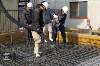 基礎コンクリート打設状況