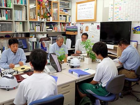 中学二年生の 職場体験学習 初日